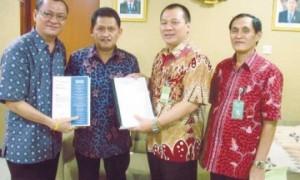 Dua Anggota DPRD Sumut dari F PDI P dan F Hanura Serahkan Bukti Dugaan Korupsi P2TL ke KPK dan Kejaksaan Agung RI