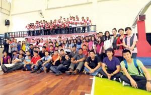 Mongol Hibur Mahasiswa dan Pelajar SMA di Medan
